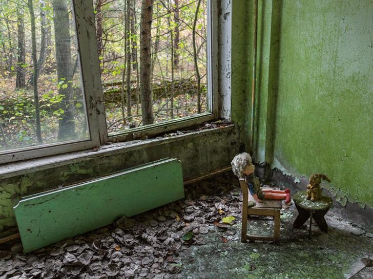 Туристы в Чернобыле (11 фото)