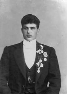 Портрет участника чемпионата Г.Рассо (Штангельмейера), чемпиона по борьбе.