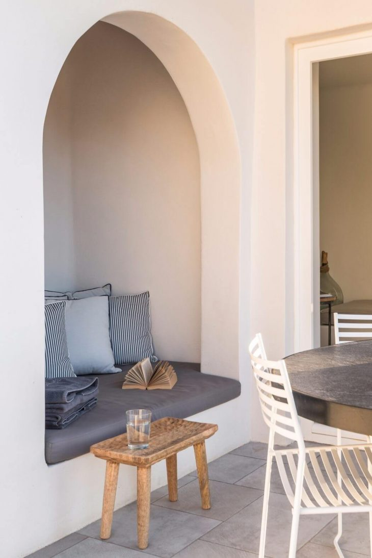 Situated on a privileged location, on Fira's Caldera cliffs, with magnificent views of the volcano,