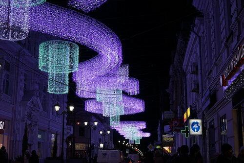 Новогодние украшения в пер. Соборный