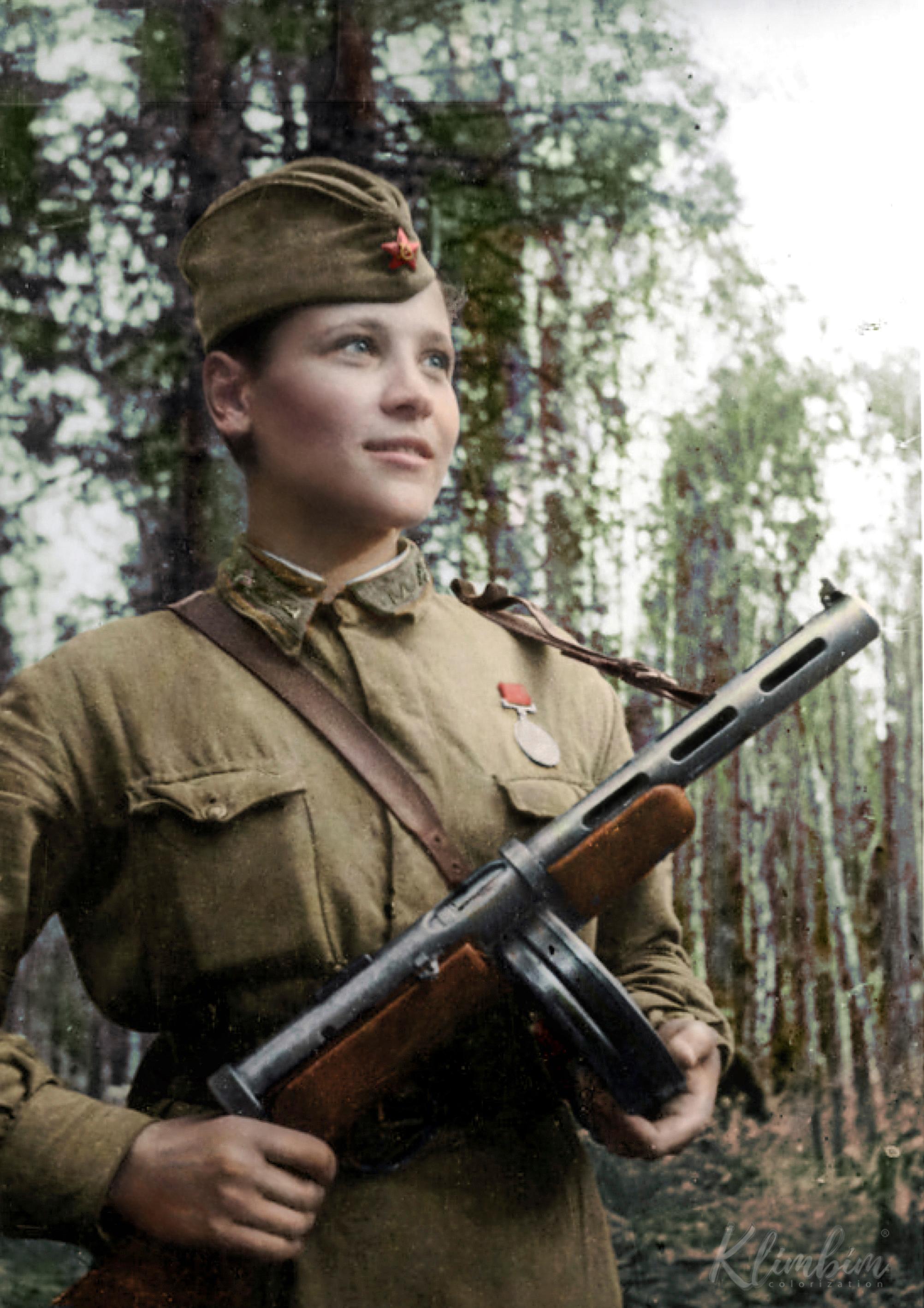 Карцева Любовь Иосифовна, 1922 г. р., санинструктор