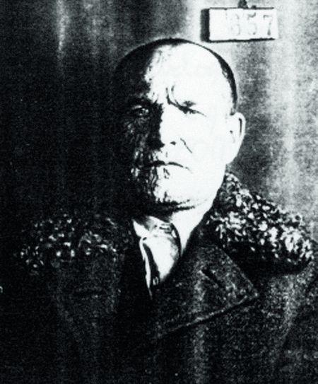 ОМЕЛЯН ВОЛОХ. Командир 3-го Гайдамацького полку. Фото слідства, 1933 р.
