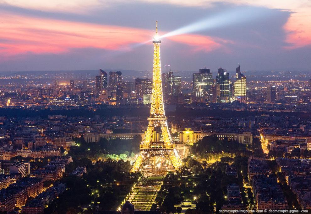 В Париже очень много эмигрантов, большая часть из которых — выходцы из Африки. Не редкость, ког