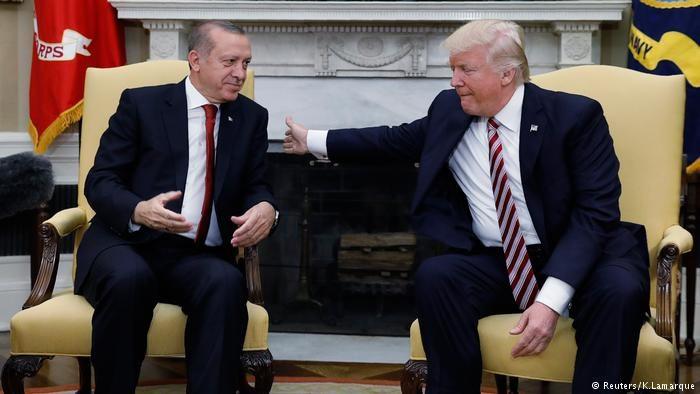 Посольство Турции вСША обвинило РПК в потасовке удипмиссии вВашингтоне