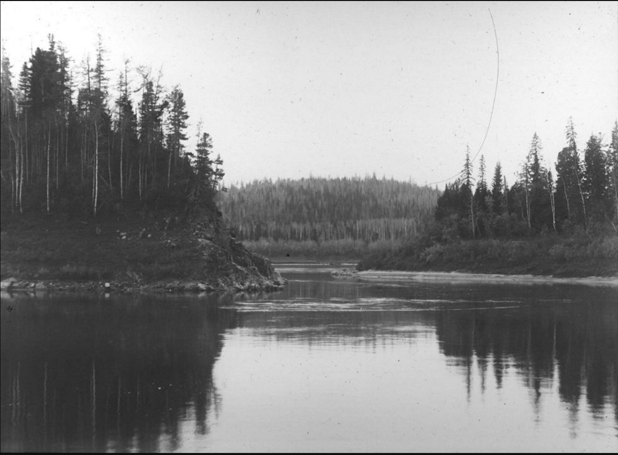 18 сентября 1914. У Острова Кораблик. На переднем плане - пологие берега
