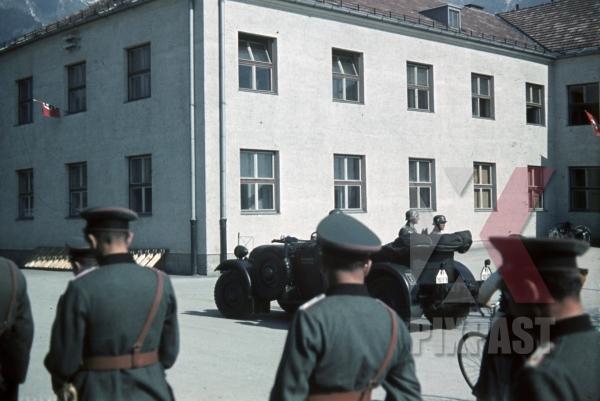 stock-photo-adler-3-gd-kbelwagen-4th-mountain-division-enzian-gebirgs-artillerieregiment-94-lohengrin-kaserne-innsbruck-1940-12177.jpg