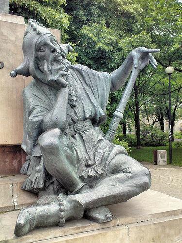 576px-Jan_Matejko_Monument_in_Warsaw_-_05.jpg