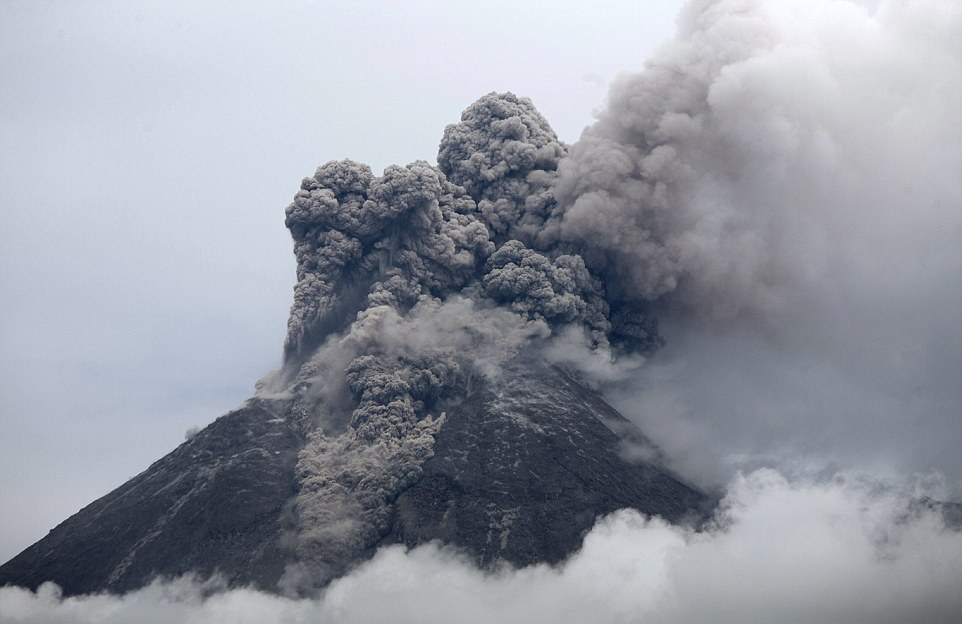 Самые зрелищные извержения вулканов последнего десятилетия