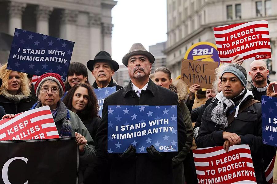 Протесты против ограничений для иммигрантов.png