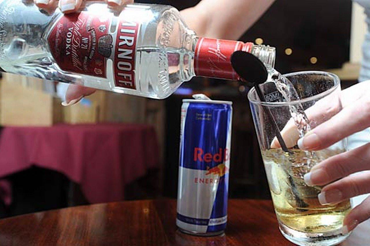 Ученые назвали самый опасный для человека спирт