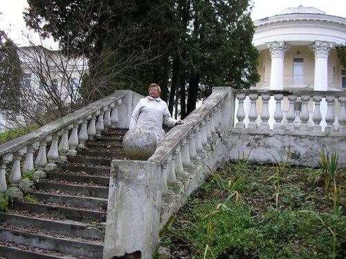 P1010186 Я в санатории на лестнице.jpg