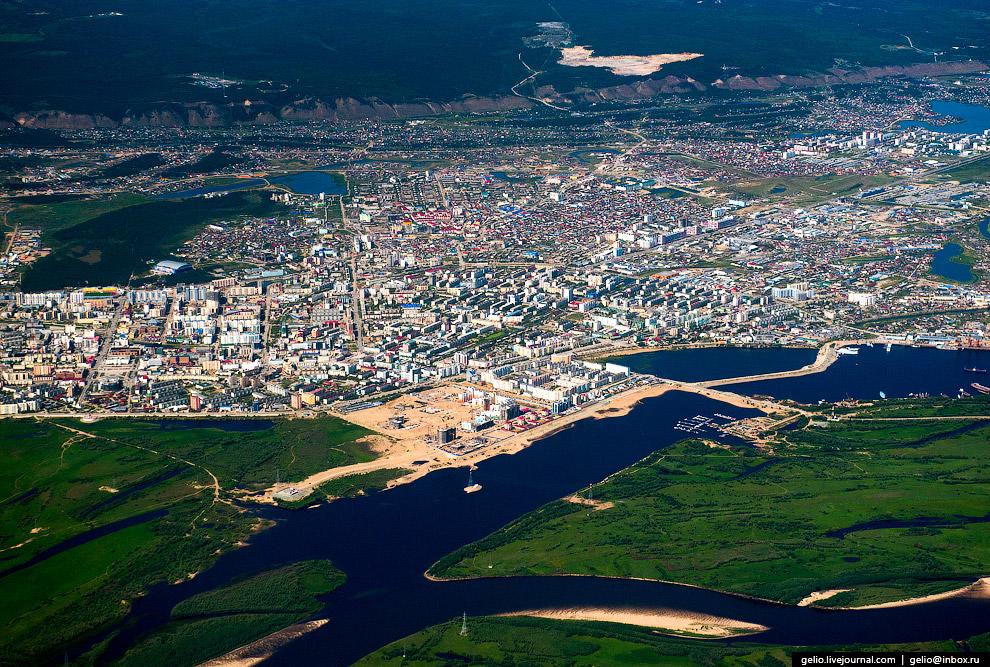 72. Хайкоу — город на острове Хайнань в Китае.