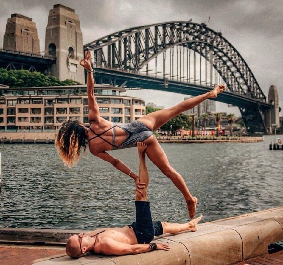 Как выглядит твои семейные фотографии из путешествий, когда ты инструктор по йоге