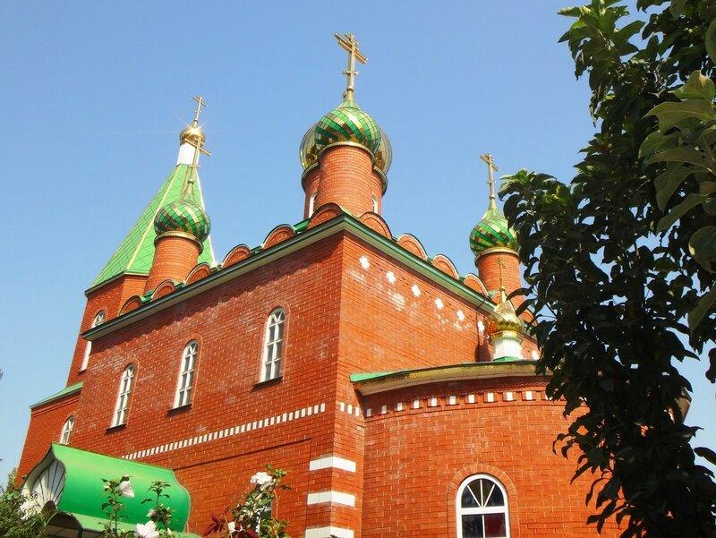 У храма, в день прекрасный сентября ... DSC00587 - 02.JPG