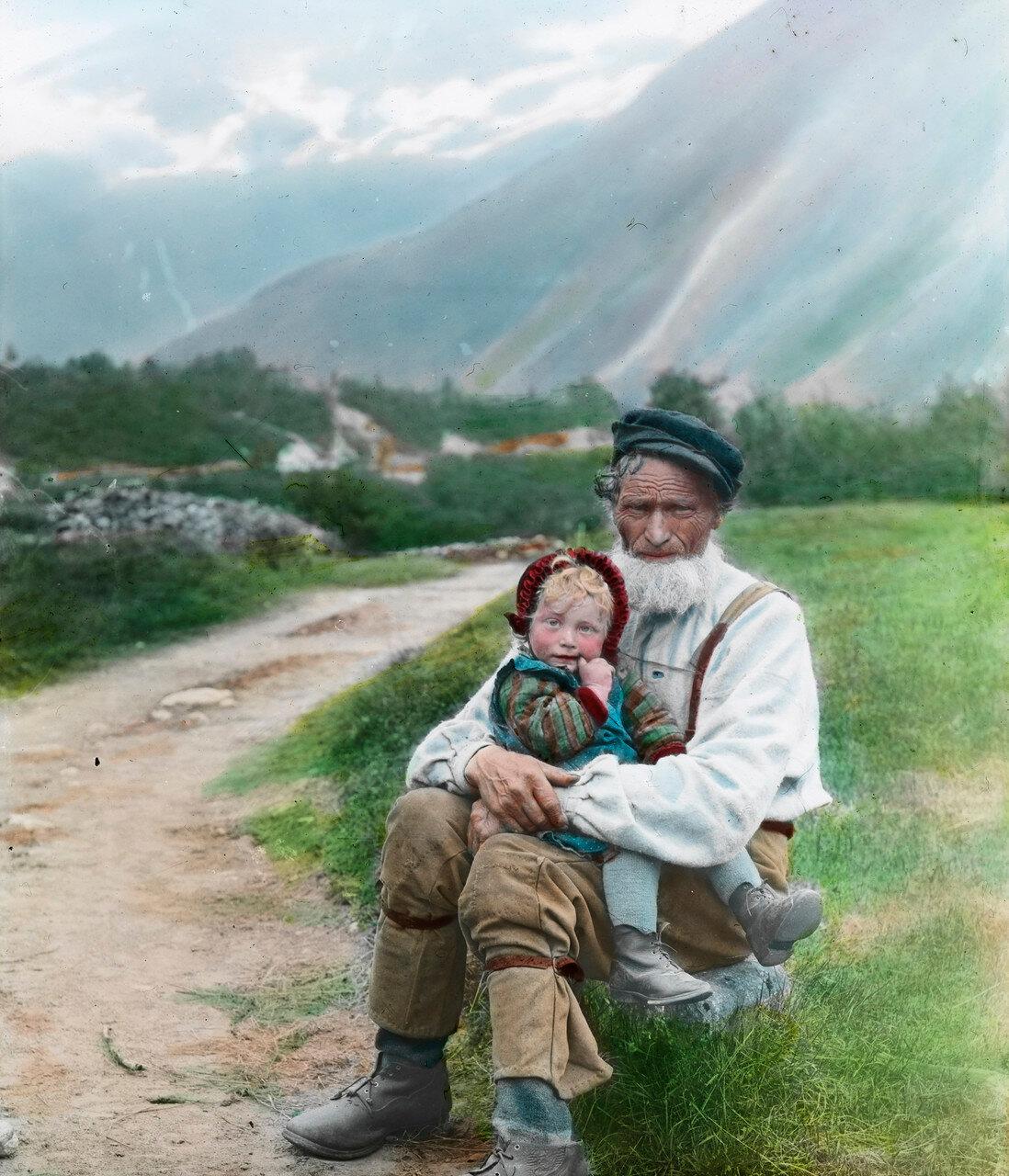 Старик с ребенком. Девочку зовут Анна Oye (1906-1997)