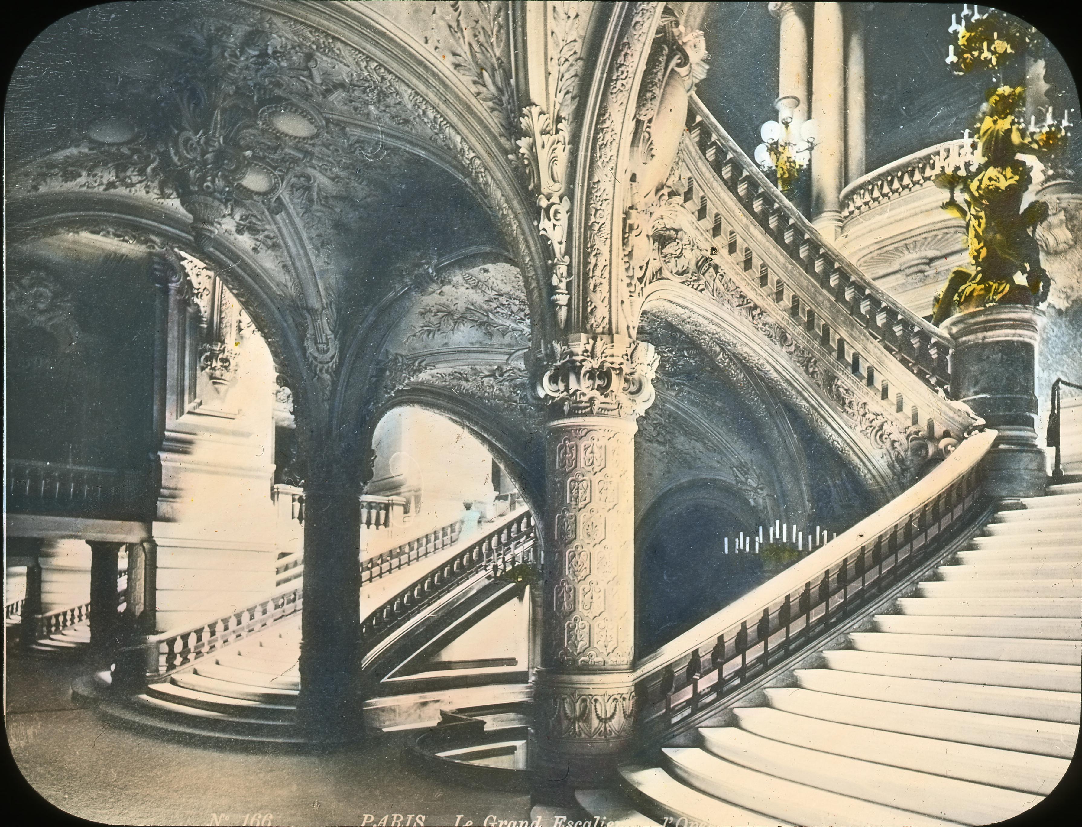 Лестница в Опере