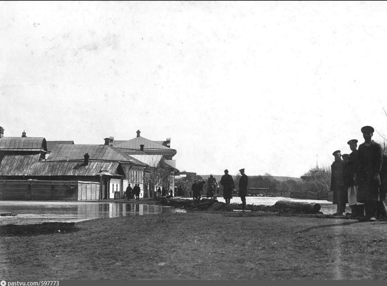 Антоновская улица. Вид на дом Пономаревых