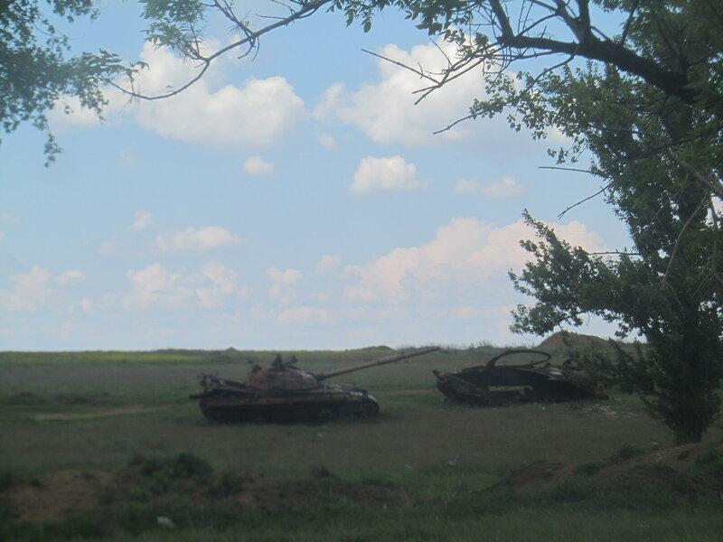 10.05.16 Дебальцево озеро Козлячье кладбище техники-1.jpg