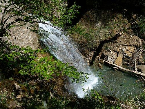 Водопад на Хадыженском ручье