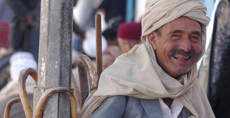 3. Они смеются до упаду Тунисцы с радостью используют любой повод посмеяться от души. Делают они это