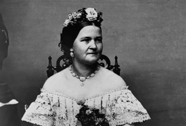 Мэри Тодд Линкольн Мэри Тодд Линкольн выросла в богатой семье и понятия не имела о нехватке средств.