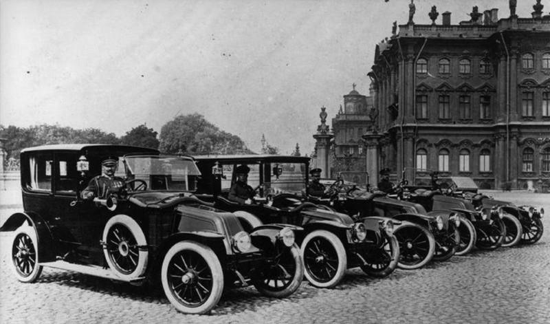 Об экспроприированном у монархов Rolls-Royce Ленина знают многие, но начиная с 20-х годов XX века на