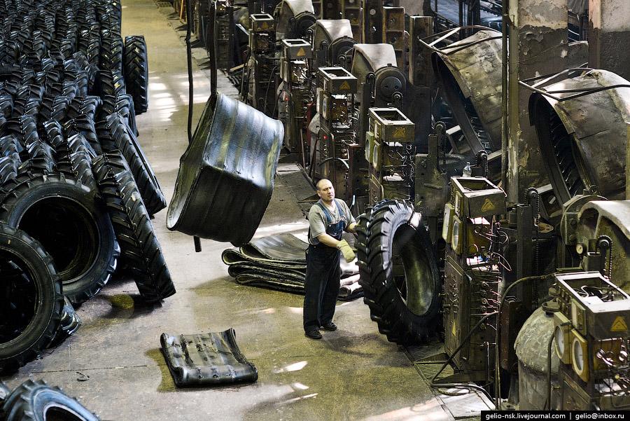 ОАО «Сибэнергомаш» (Барнаульский котельный завод) Предприятие производит котлы, промышленные ве