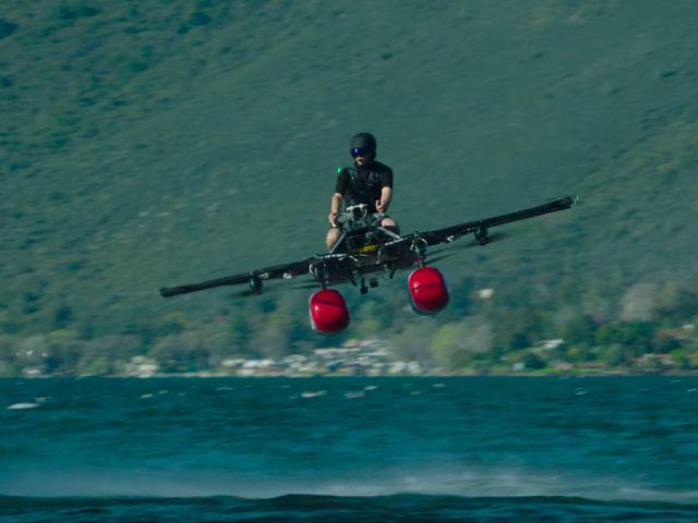 Стартап сооснователя Google Ларри Пейджа презентовал «летающий автомобиль» Flyer