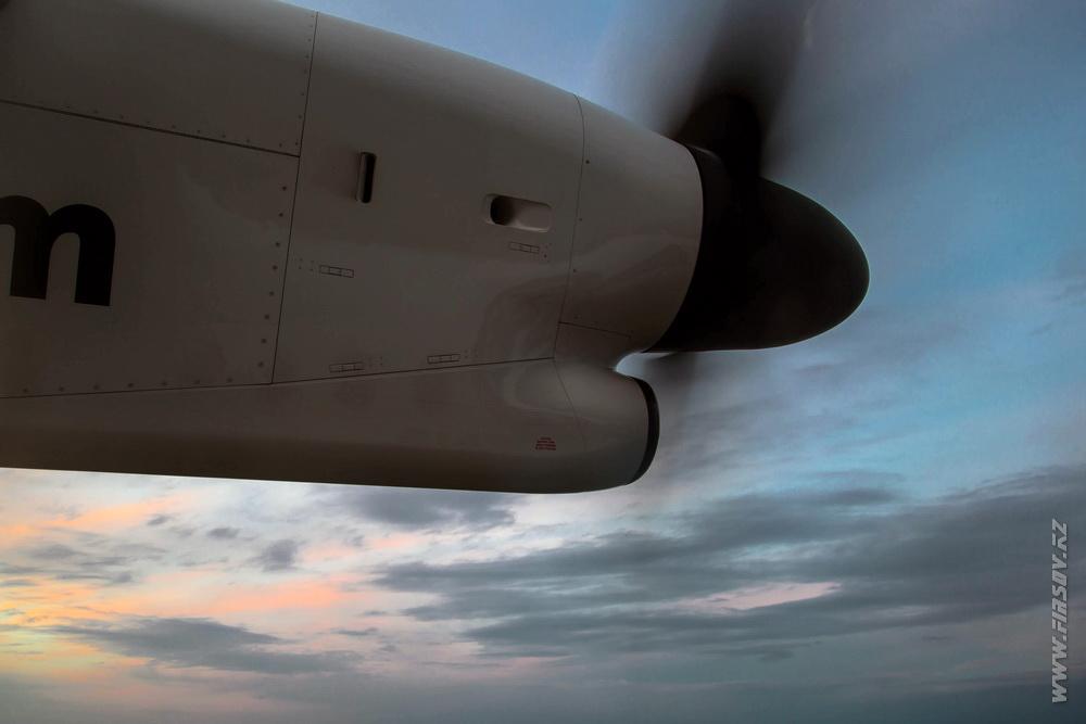 Dash-8_P4-NUR_Qazaq_Air_21_KZO.JPG