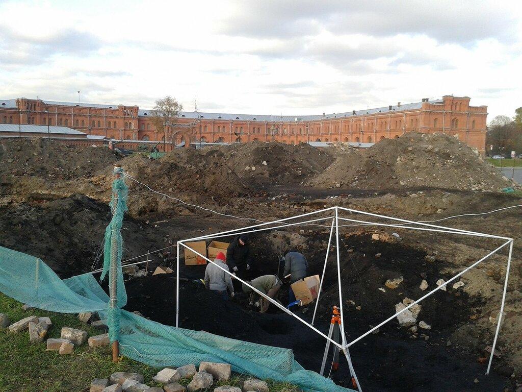 Петропавловская крепость. Раскоп..jpg