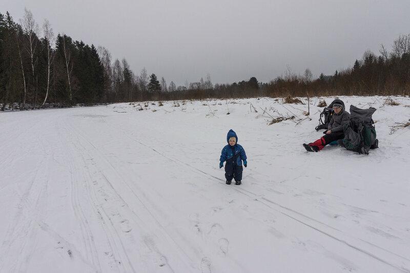 зимний поход с ребенком на льду оредежа