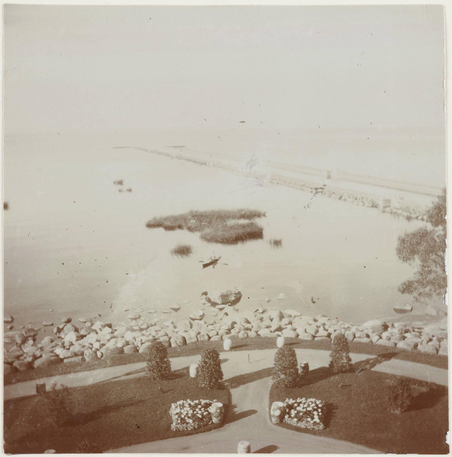 1909. Вид на Финский залив с балкона Нижней дачи