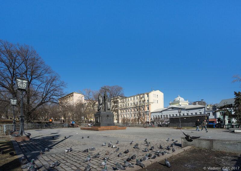 Москва Весенняя