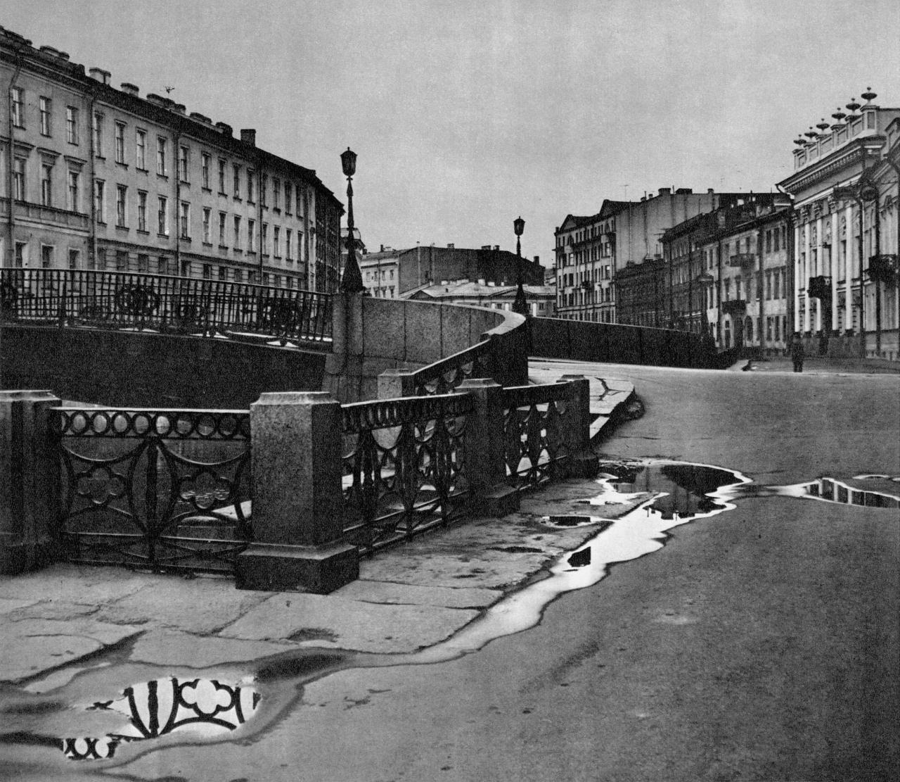 Большой Конюшенный мост / Great Koniushenny Bridge