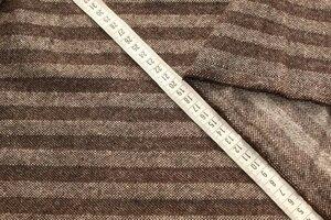 ИТ1115 остаток 2,0м(+1,60м БРОНЬ Marja)+0,90м 650руб-м Пальтово-костюмная двусторонняя  ткань твид,цвет коричневый,полоски вдоль кромки,ткань средней плотности,приятная,теплая,для легких пальто,жакетов,жилетов,курток,теплых юбок,шир1,56м,шерсть 50%,пэ 50%