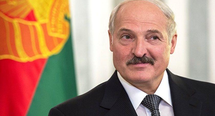 Лукашенко поведал о«мечте на500 долларов»