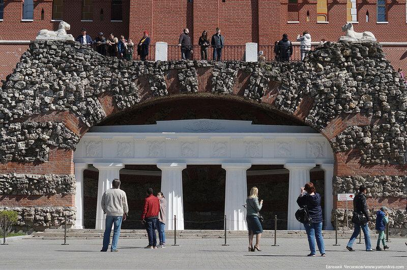 21А. Александровский сад. 14.05.17.15. грот Руины..jpg