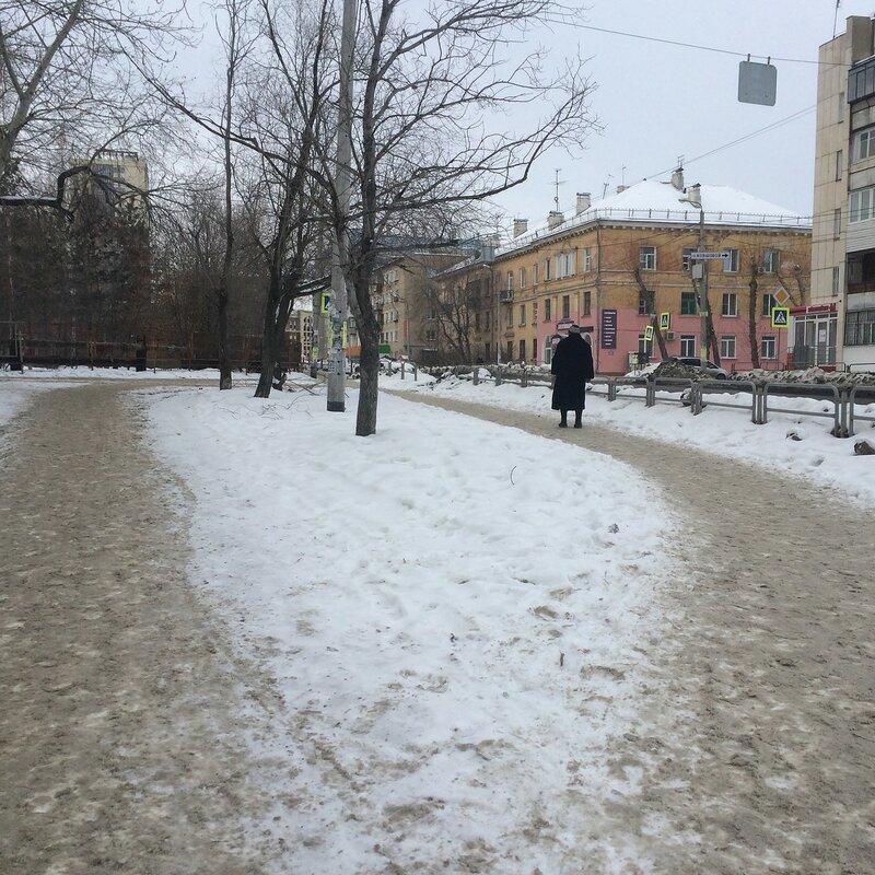 Железная зимой
