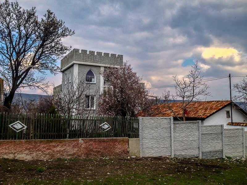 Дои-башня в селе Наниково