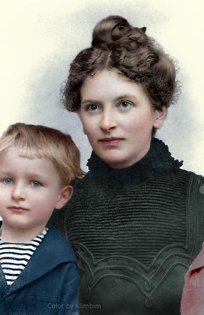 Инесса Арманд с сыном, 1915