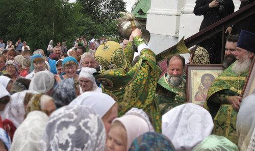 2017. Архиерейское богослужение в Авраамиево-Городецком монастыре. Крестный ход.