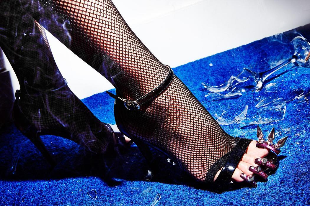 Умопомрачительные когти на ногах ногтями, Когда, акриловыми, умопомрачительными, дамочек, фотографирует, теперь, переклинило, завиваться, начали, длинными, фотограф, такими, женщину, увидела, Каролине, Южной, побывала, девочкой, маленькой