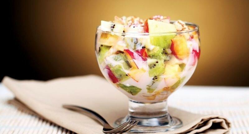 Творожный десерт с любыми сезонными фруктами