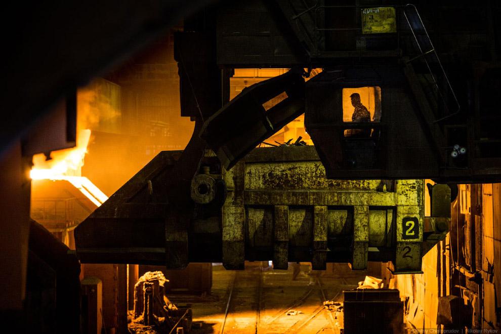 В качестве металлического лома обычно используются обрезки прокатных цехов и продукция Вторчерм
