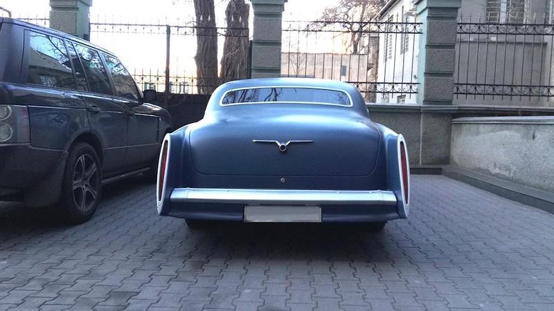 """Уникальная американская """"Волга"""" купе из Одессы"""