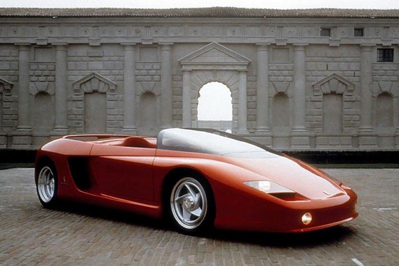 Еще одна вариация на тему Testarossa – Ferrari Mythos. У султана Брунея таких машин две, а еще одна
