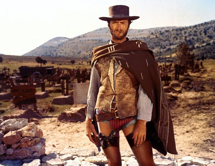 День без штанов! Участвуют Клинт Иствуд, папа римский, Железный человек и другие