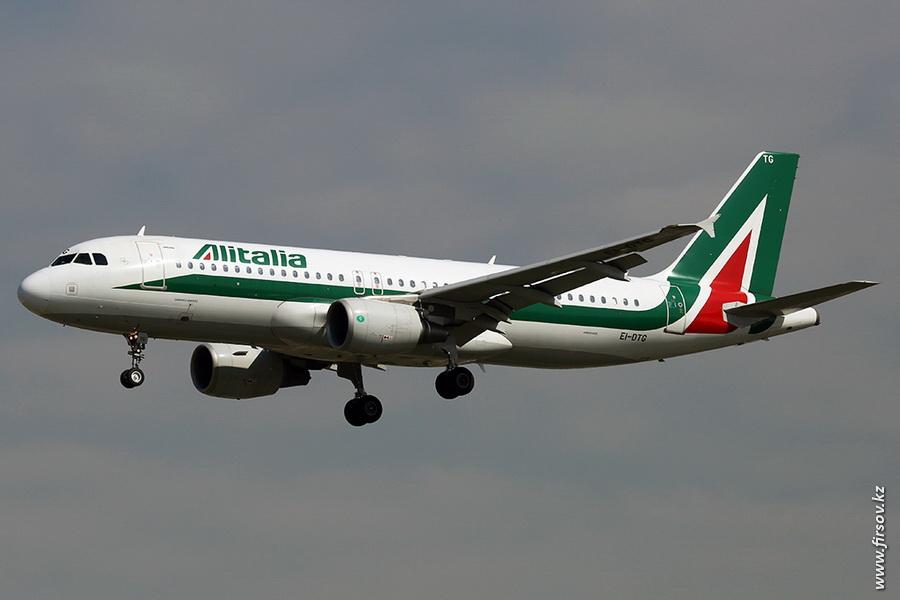 A-320_EI-DTG_Alitalia_zps9baf57f4.JPG