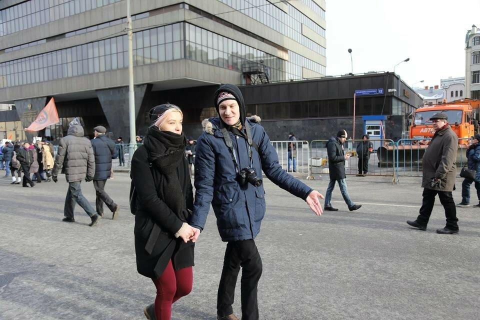 идем на марш памяти Немцова