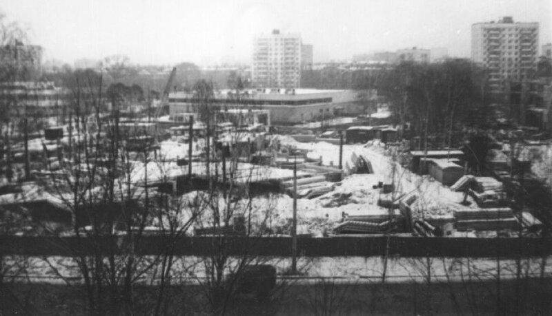 55848 Строительство Северного рынка С. Cпиридонов сер. 80-х.jpg